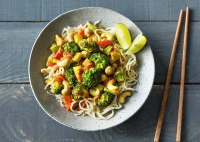 Thaise noedels met broccoli